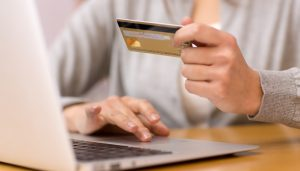 The Numerous Benefits And Advantages Of Internet Shopping